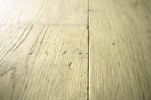 suelo de madera claro